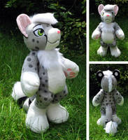 First Anthro Plush - Sethaa by Sethaa