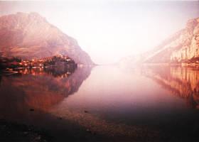 Lake by gwgw