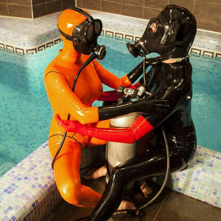 latex divers by MonBrest