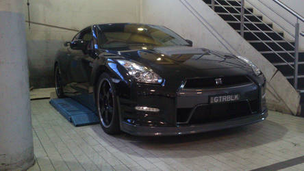 2013 Nissan GT-R Black Edition by TricoloreOne77
