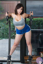 Workout Bunny - Patreon Preview by Kuragiman