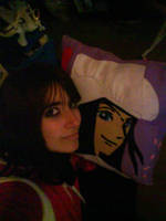 Me and mi pillow Nico Robin by LuffySwan