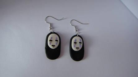 Kaonashi from Spirited Away earrings by KawaiiCup