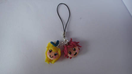 Lucy and Natsu phonestrap (polymer clay) by KawaiiCup