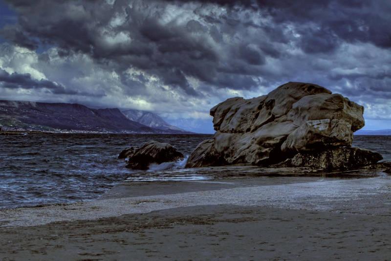 Fight w south wind near rock by blagi