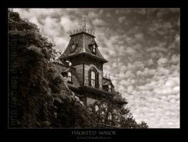 Haunted manor. by Azram