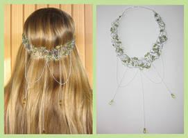 Headdress - pale green by Chamaelirium