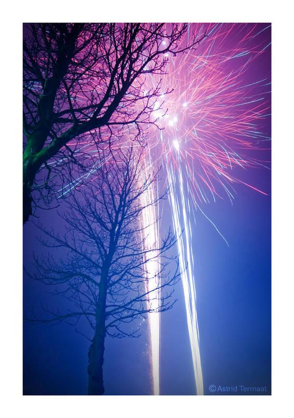 Fireworks by AstridT