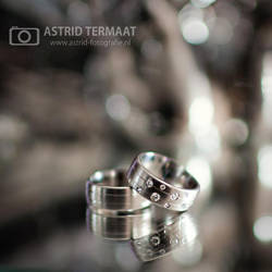 wedding rings by AstridT
