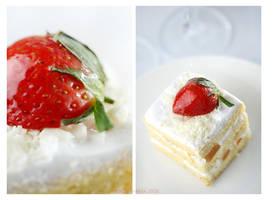 Strawberry Cake by madestyaharsa