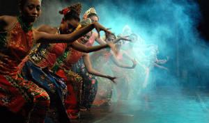 Baskalan Dancing by Chaerul-Umam