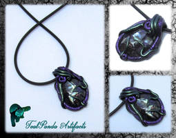 Grasp - Pen Shell Pendant by TealpandaArtifacts