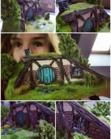 Hobbithole -turquoise version by Aronja