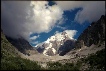 Ushba mountain by gndrfck