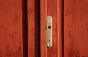 Missing doorknob. by JinnyJoe