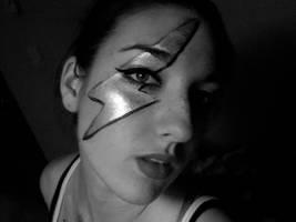Lightning Bolt Face Paint by lygicaphisalogue