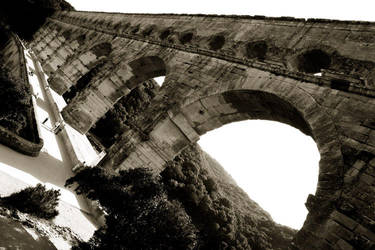 pont du gard by ManDrakeGore