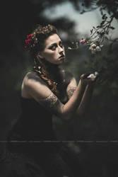 Mourning by SenoritaPepita