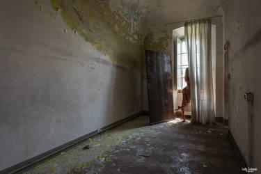 De l'ombre a la lumiere by Lady-Schnaps