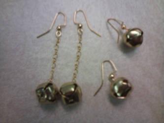 jingle bell earrings by gingerbered