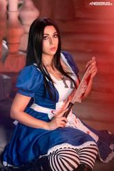 Alice Madness Returns cosplay 2 by AmuChiiBunny