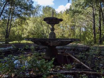 Abandoned park by Yaskolkov