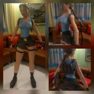 Tomb Raider Lara Croft Papercraft by kirob3rus