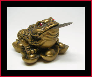 Feng Shui Golden Toad by laurelrusswurm
