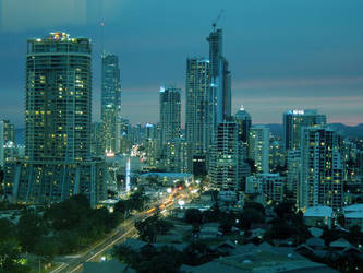A surfers paradise by MrCorbin
