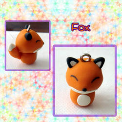 Fox Charm by silver-of-the-star