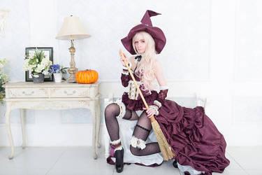Sakizou/Sakizo Halloween Witch by busanpanda