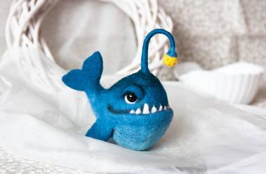 Blue Anglerfish by znmystery