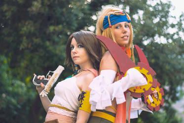 Yuna and Rikku Cosplay by LadyDaniela89