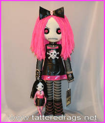 Creepy Rag Doll by Zosomoto