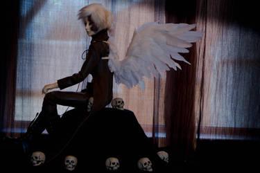 Broken Angel by MyDeviousDeath