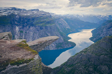 Troll Tongue, Trolltunga, Norway by JasperGrom