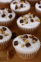 Smore-ish Cupcake by bittykate