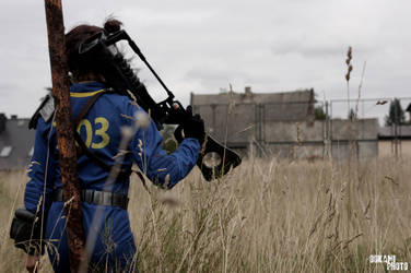 Vault 303 Dweller Fallout 3 NV cosplay by Nyrey