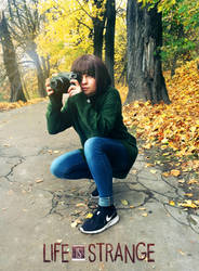 Max Caufield instant cosplay Life Is Strange by Nyrey