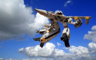VF-1S Hovering in a beautiful day by brolyss4