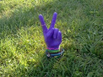 Peace 2 by melloyello66