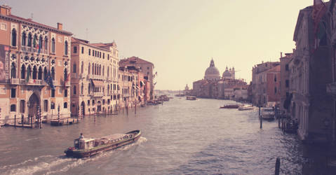 Venice. by MithraMB