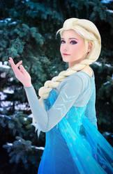 Elsa by Zaira555