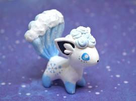 Alolan Vulpix figurine by Ailinn-Lein