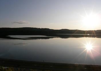Sun-Spangled View by barkingcatslc