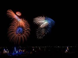 Fireworks II by davidsant