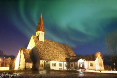 Alta Aurora Kirke by evrengunturkun