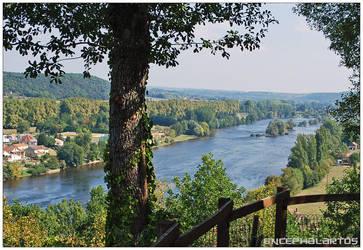 Dordogne by Encephalartos