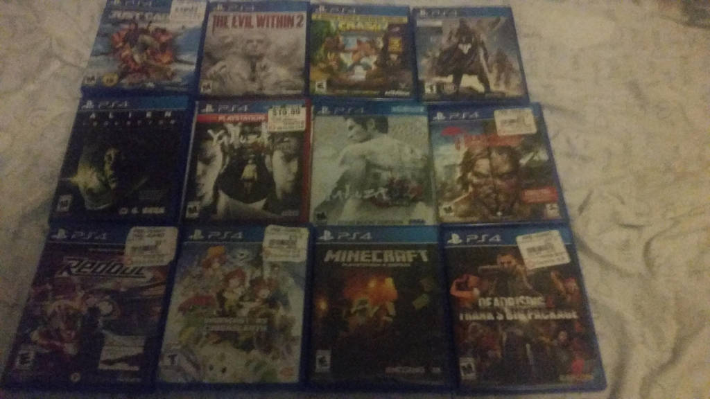 12 ps4 Games by Gamerrobloxian1195
