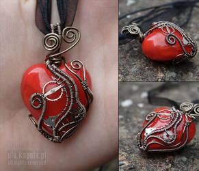 Clockwork heart II by ukapala